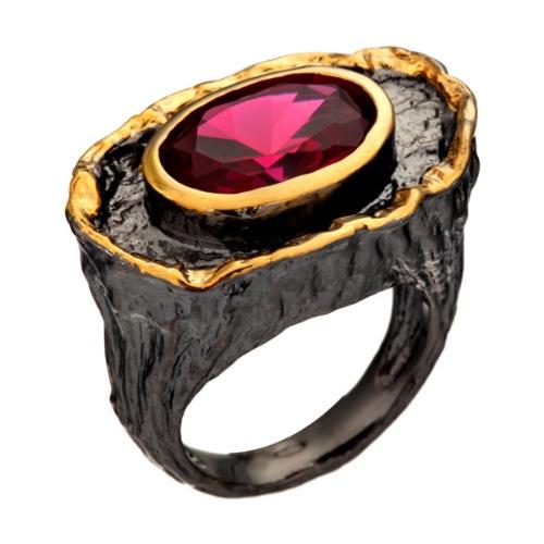 Кольцо изсеребра срубином