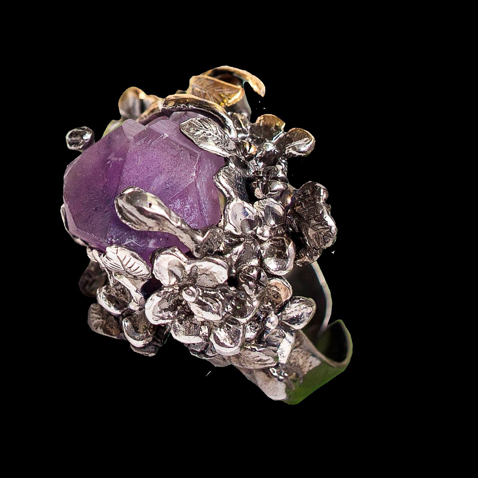 Кольцо изсеребра сбриллиантом иаметистом
